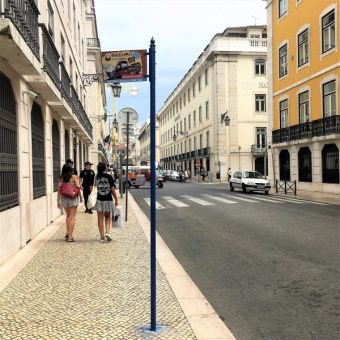 Lisbon bus stop for Caravel on Wheels tour in Lisbon downtown at rua do comercio 148 tour from city centre