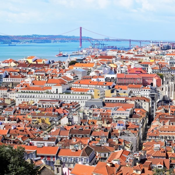 Vista de Lisboa antigua sightseeing