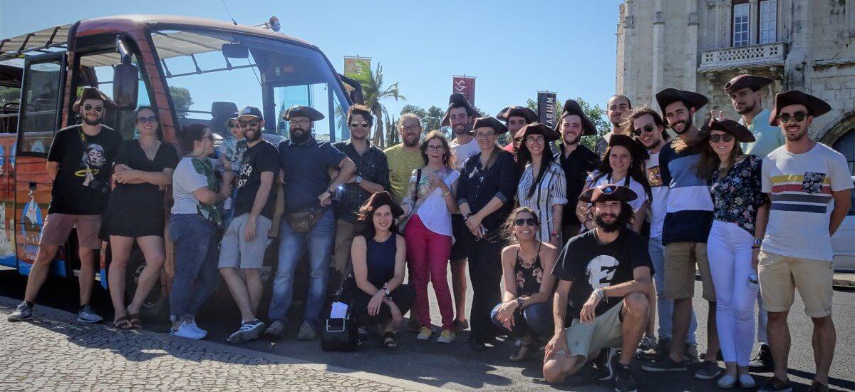groupe à Lisbonne louer un bus belem caravelle